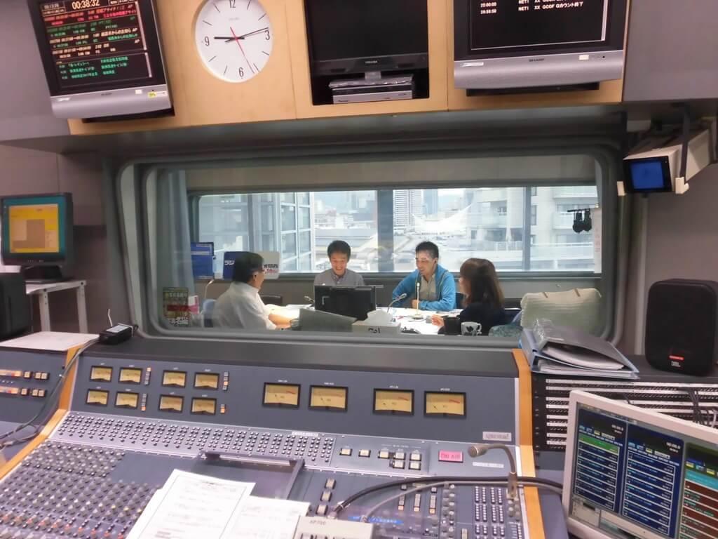 ラジオ取材