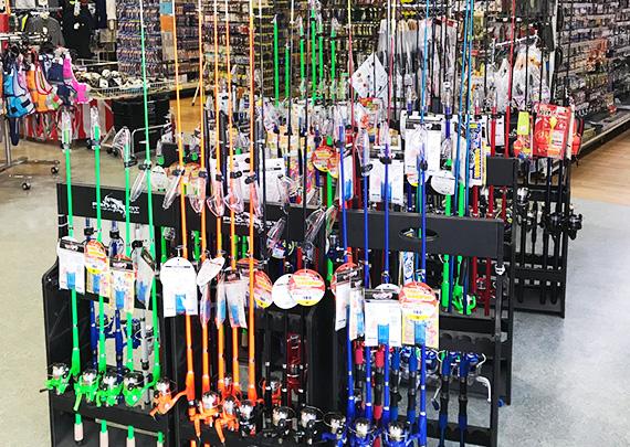 釣具のまつき店内
