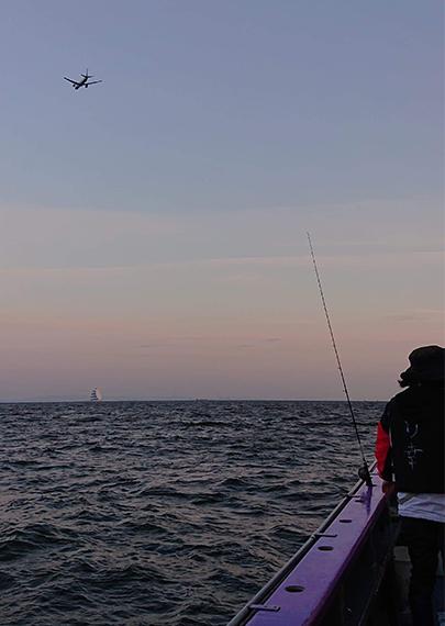 09_夕暮れの釣り場風景