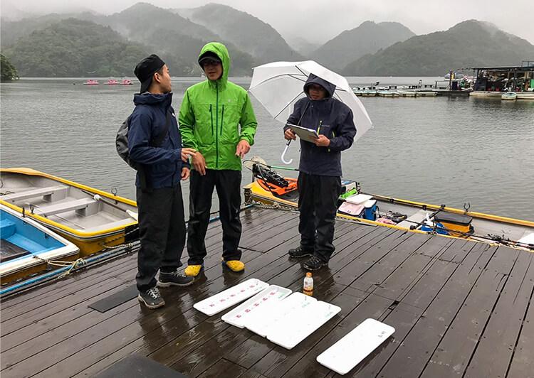 03_1560133788410.jpg 雨の桟橋