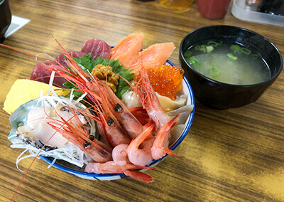 04 海鮮丼