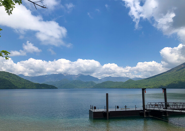 見出し_01.jpg 中禅寺湖