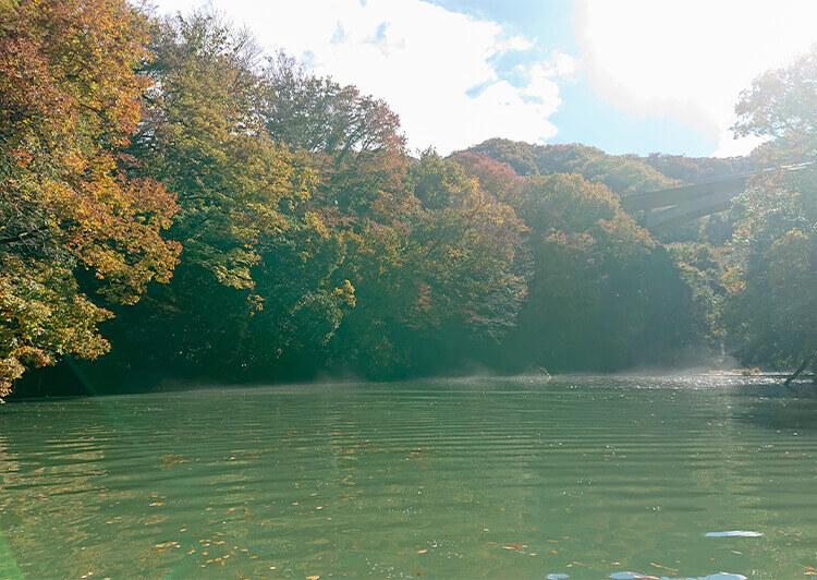 02_ 湖面の風景