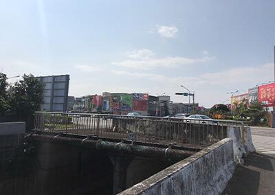 3 足場の高い河川