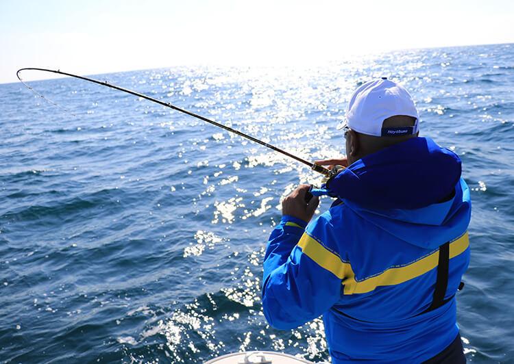 海上の釣り