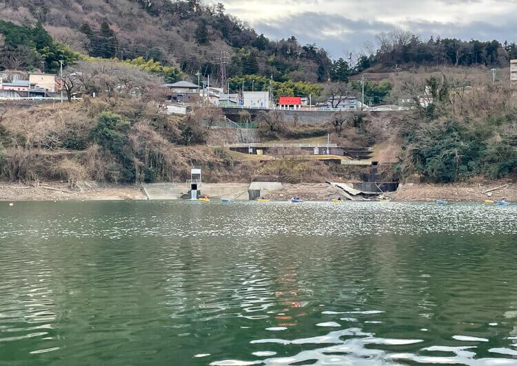 08_ 津久井湖風景