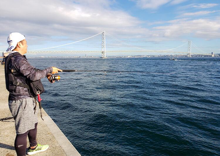 02_ IMG_8443 堤防釣りシーン(横向き)